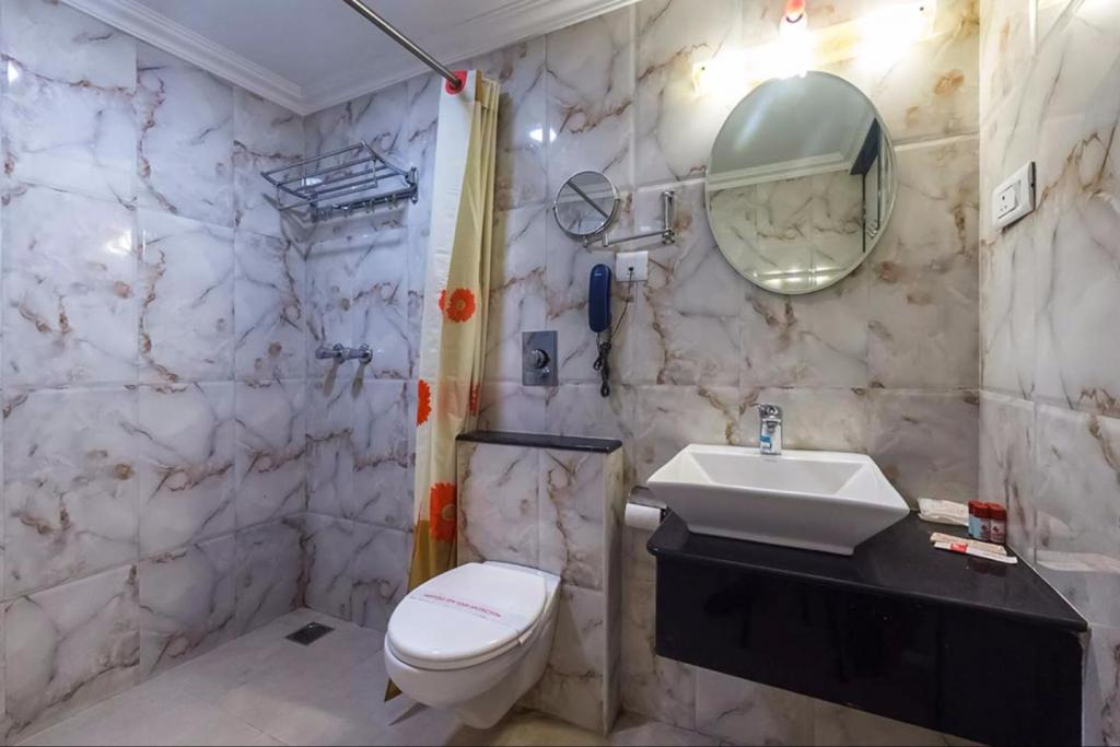 One of the views of the executive bathroom